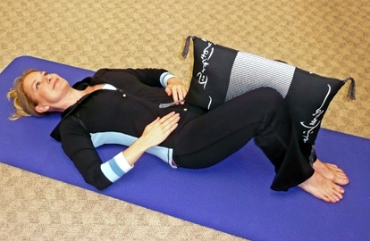 thigh squeezes Exercises For The Bedridden