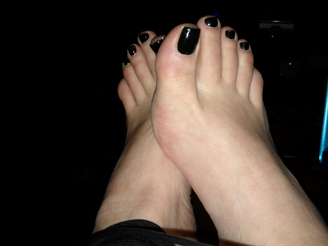 Looking for fabulous feet