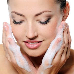 non-comedogenic-face-wash-exfoliating-cleanser