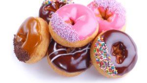 report-damns-online-junk-food-advertising-to-children_strict_xxl