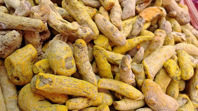 Turmeric Helps Combat Cancer