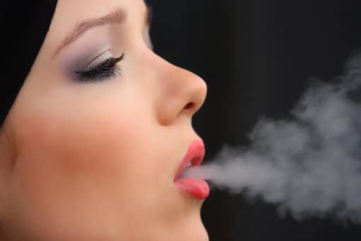 girl smoke cigarette 2198839 340