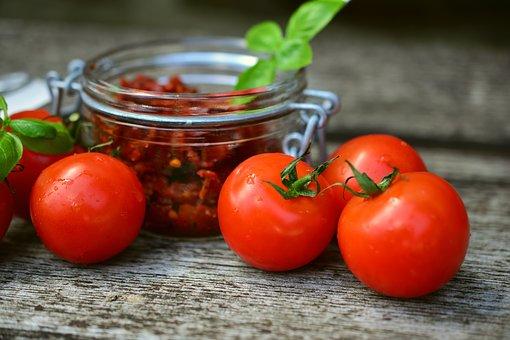 tomatoes 2500835 340