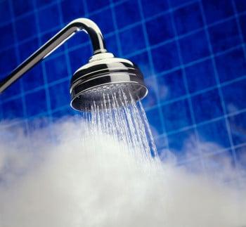 1 no piping hot shower w724 e1450889588675