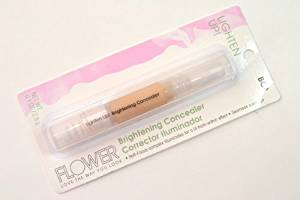Flower Lighten Up Brightening Concealer
