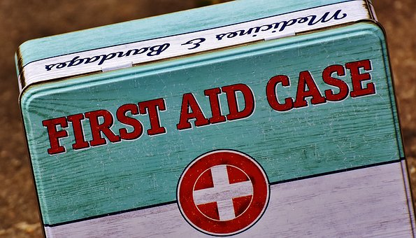 first aid 1732523 340